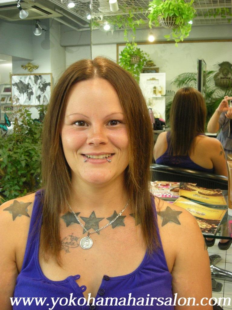 Melinda Gets Her First Japanese Hairstraightening English